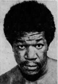 Charlie James boxer