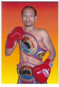 Heri Amol boxer