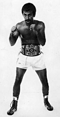 Rocky Fratto boxer