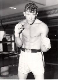 Hank Thurman boxer