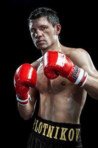 Viktor Plotnikov boxer