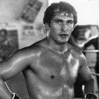 Mircea Simon boxer