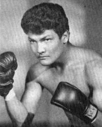 Raul Montoya boxer