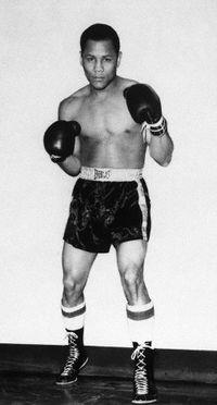 Jose Torres boxer