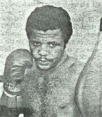 Raul Hernandez boxer