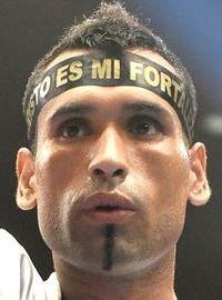 Jonathan Victor Barros boxer