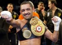 Mahyar Monshipour boxer