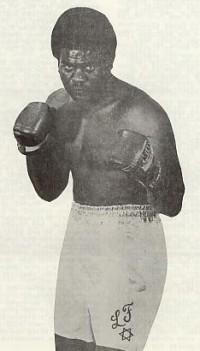 Larry Frazier boxer