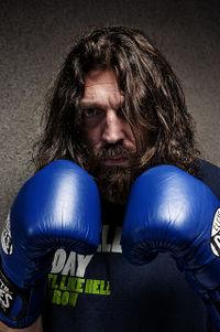 Hovik Keuchkerian boxer