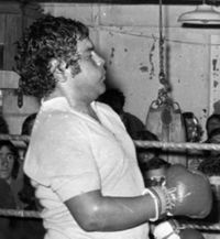 Jose Maria Flores Burlon boxer