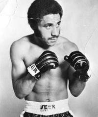 Larry Paul boxer