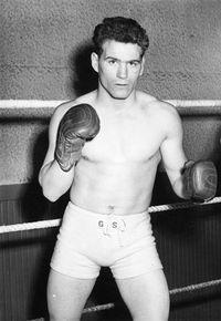Eddie Andrews boxer