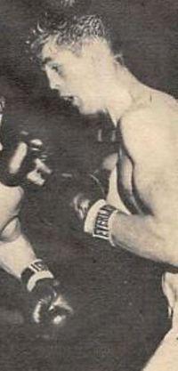 Tony DeCola boxer