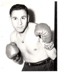 Fili Nava boxer