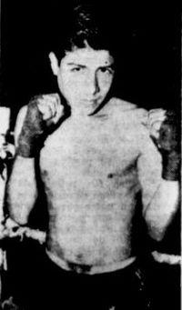 Reynaldo Matamoros boxer