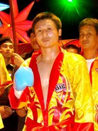 Surasak Makordae boxer