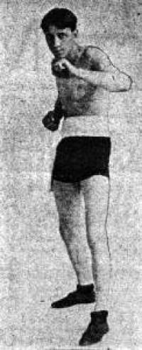 Travie Davis boxer
