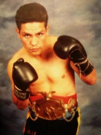 Adriano Arreola boxer