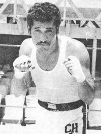 Chucho Almazan boxer