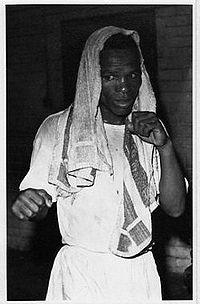 Levi Madi boxer