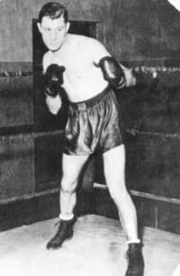 Tony Shucco boxer
