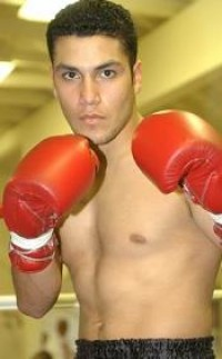 Mike Anchondo boxer