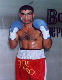 Jose Alberto Clavero boxer