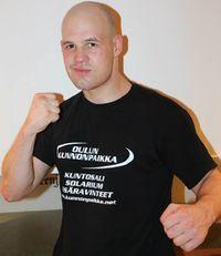 Mika Joensuu boxer