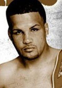 Luis Alberto Santiago boxer