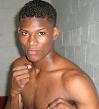 Breidis Prescott boxer