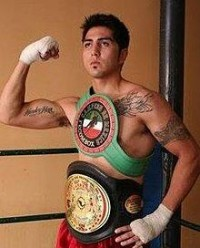 Michael Medina boxer
