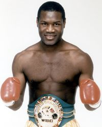Dennis Andries boxer