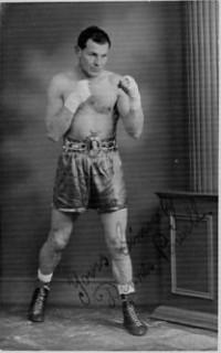 Dennis Powell boxer