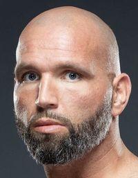 Travis Kauffman boxer
