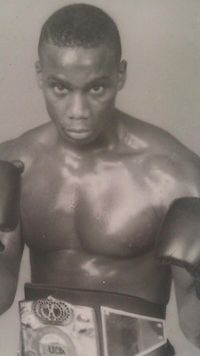 Tyrone Frazier boxer