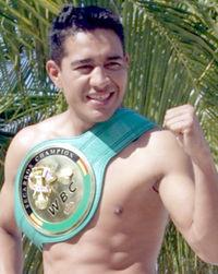 Sergio Thompson boxer