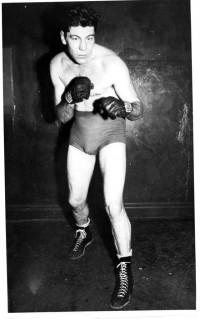 Eddie Zastre boxer