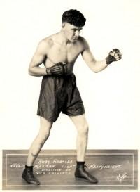 Rosy Rosales boxer