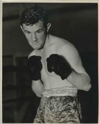 Kenny Lindsay boxer