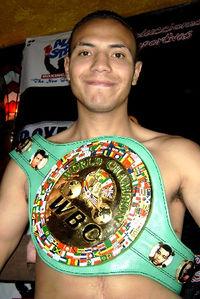 Dante Jardon boxer