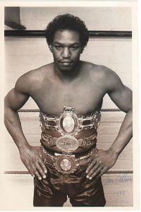 Tom Collins boxer