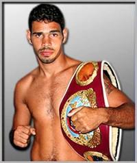 Kelson Pinto boxer
