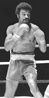 Clyde Gray boxer