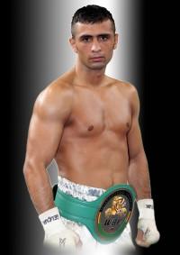 Selcuk Aydin boxer