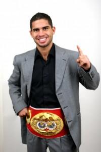 Steve Molitor boxer
