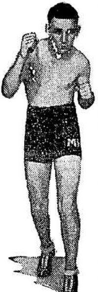 Max Raynor boxer