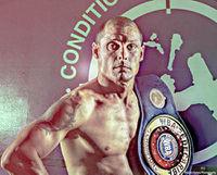 Edwin Lopez boxer