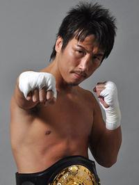 Naoki Matsuda boxer