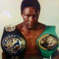 Yawe Davis boxer