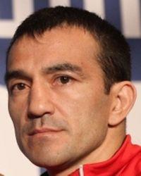 Omar Andres Narvaez boxer